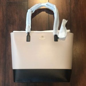 ❤️ NWT- still wrapped Large Kate Spade purse ❤️